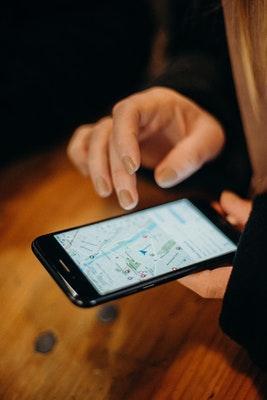 GPS sporing av bil avslører utroskap.